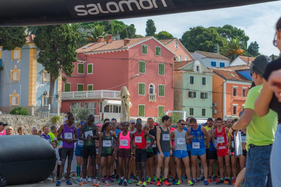 Events Lošinj Halfmarathon 2019. start Pavela Digital